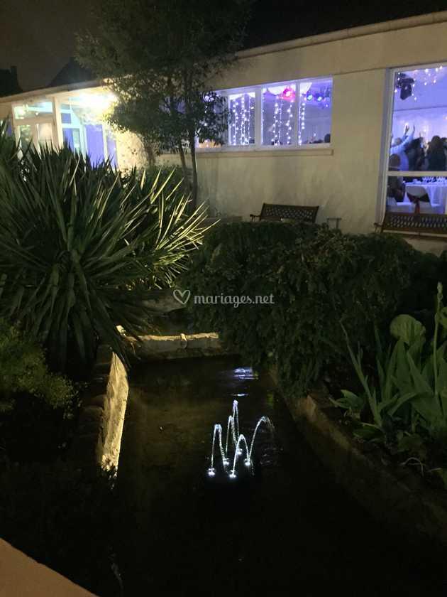 Extérieur la nuit de Au Jardin des Saules   Photo 55