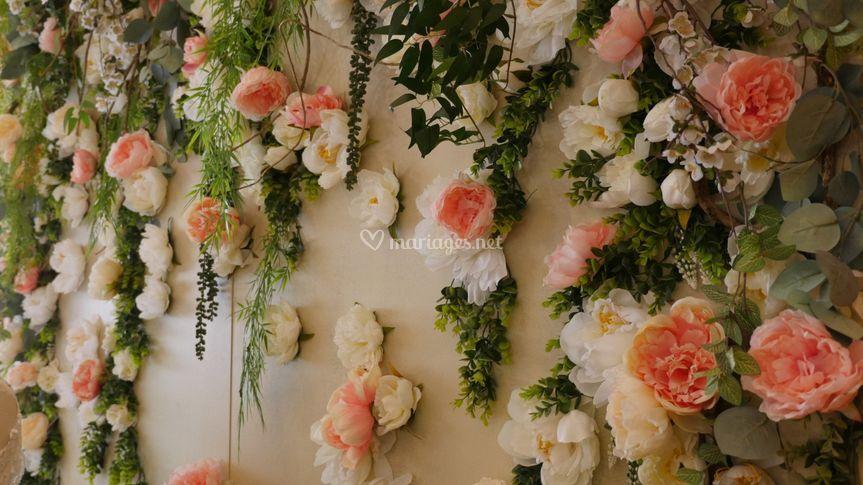 Mur Peonia blanc rosé