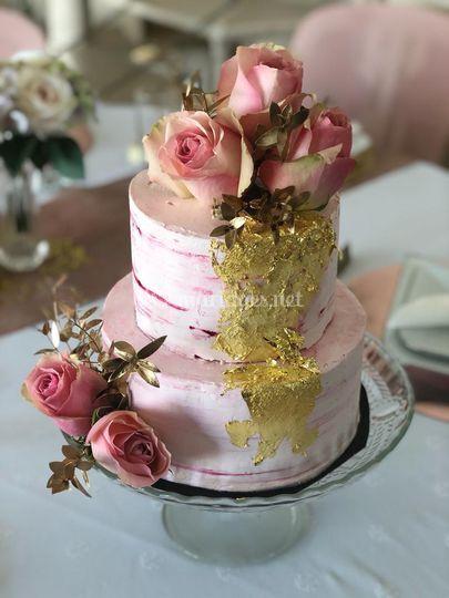 Naked Cake & fleurs fraîches