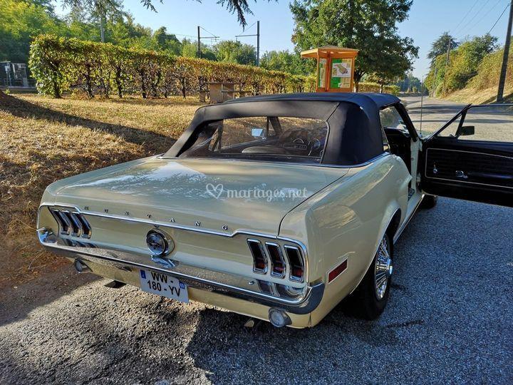 Mustang 1968 beige
