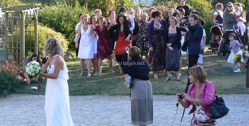 Lancement bouquet de la mariée