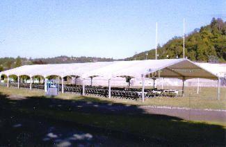 Tentes, chapiteaux et structures