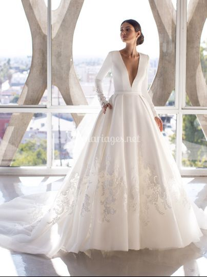 Robe pronovias brown