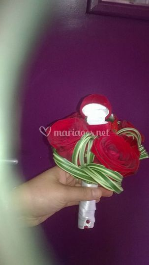 Bouquet porte alliance