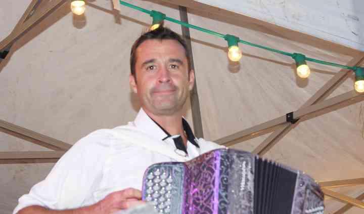 Fred à l'accordéon