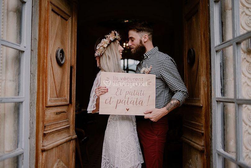 Panneau en bois vive les marié