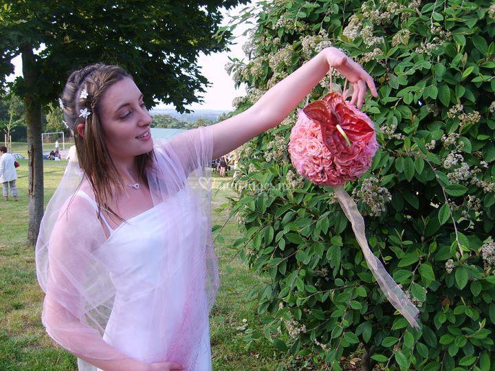 Boule de rose avec anthurium