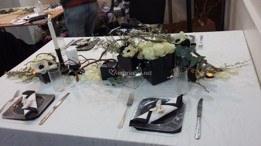 Table chic noir et blanc