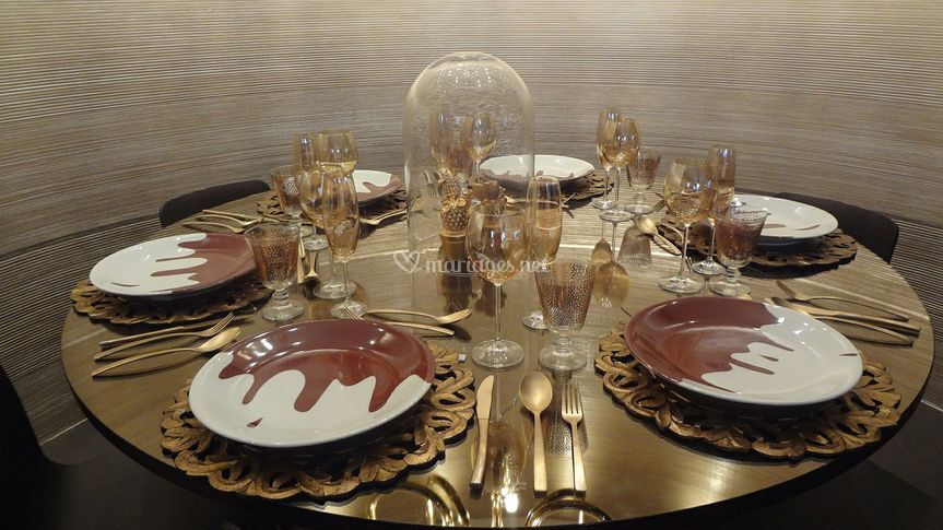 Table chic or et chocolat