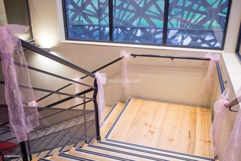 Escaliers / entrée restaurant