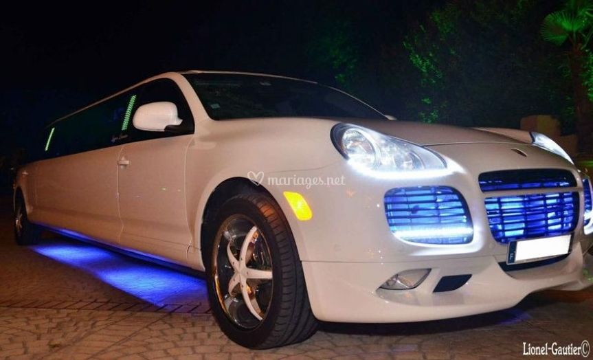 Porsche Cayenne Turbo Limo