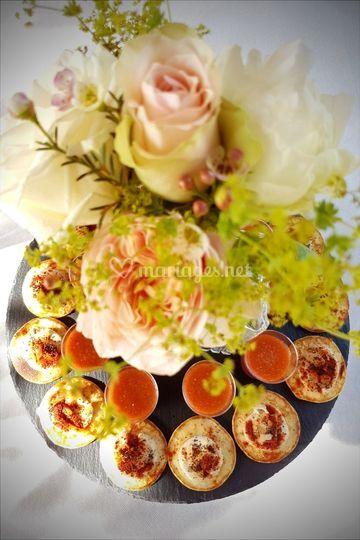 Buffet fleuri de mariage
