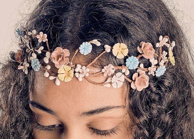 Head band de fleurs en métal