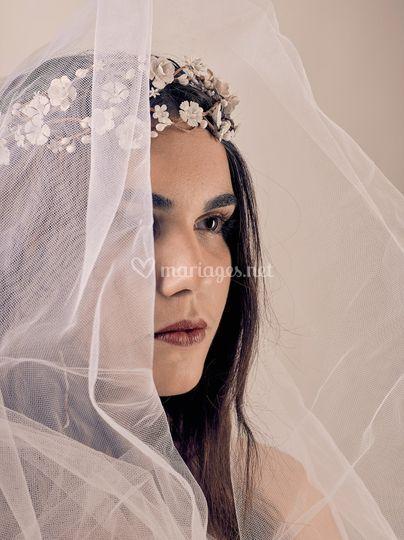 Headband de fleurs blanches