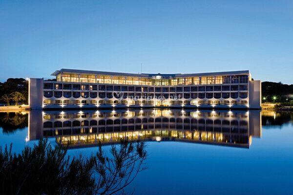 Hôtel Plein Sud la nuit