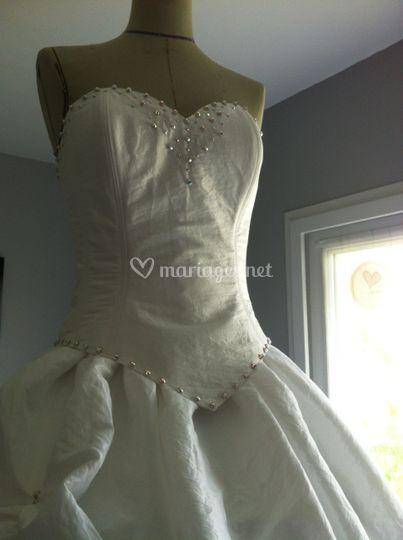 Robe taffetas blanc