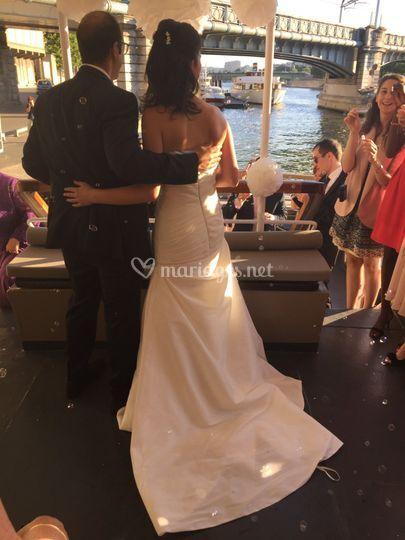 Magnifique entrée des mariés