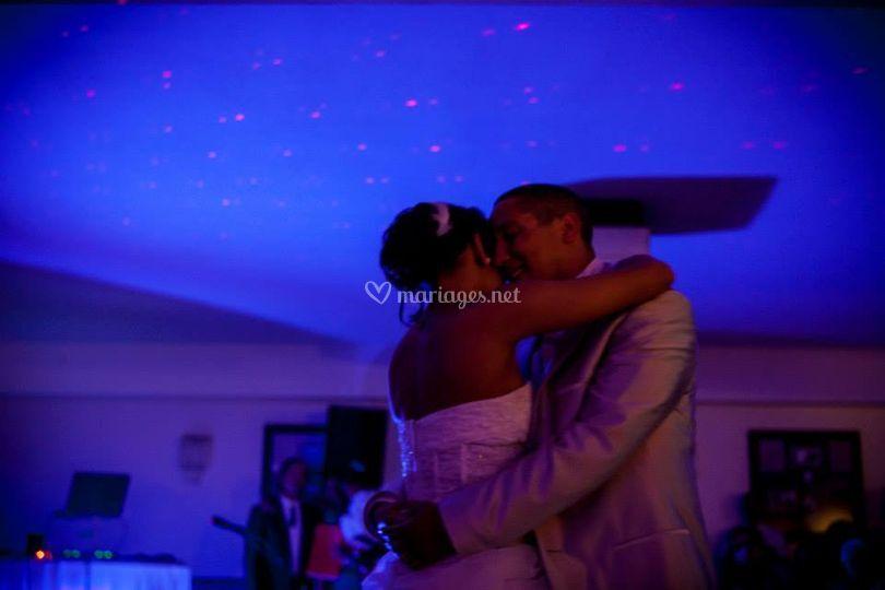 Iris et Eddy ouvrent le bal