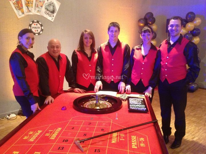 6 tables casino + croupiers