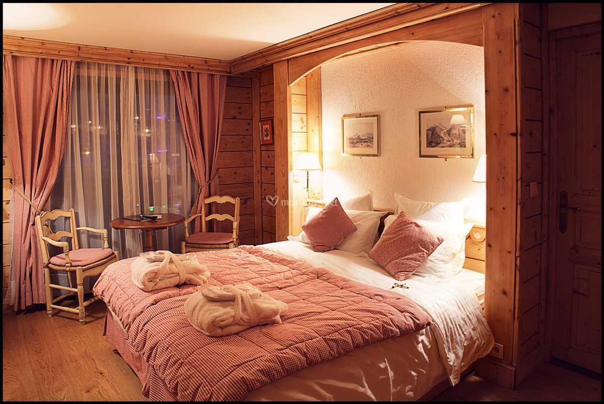 Chambre Savoyarde De Chalet Hotel La Marmotte Photo 9
