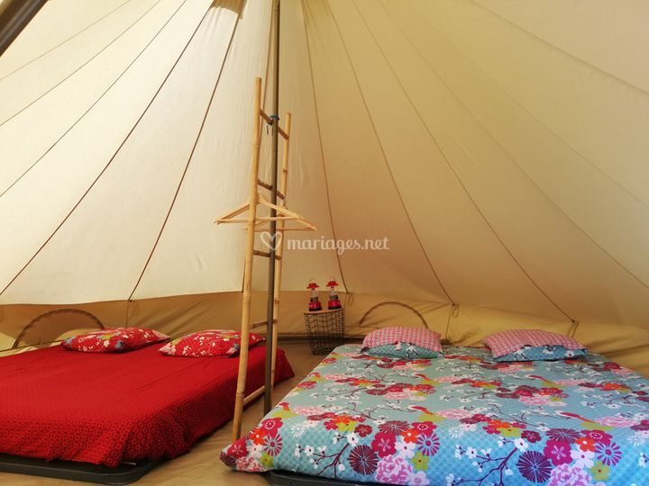 Hébergement sous tentes tipis