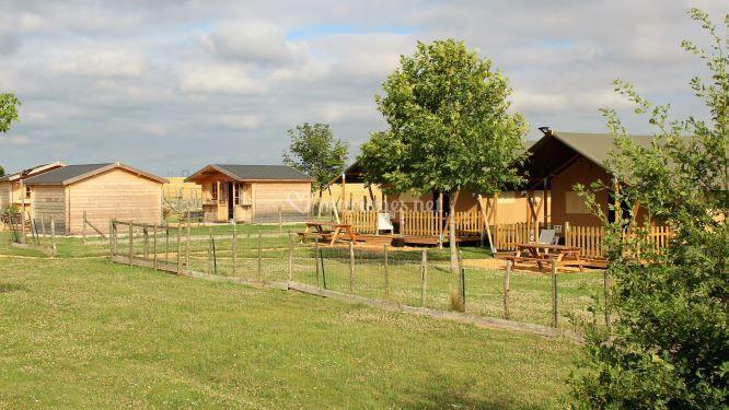 """Chalets et camp """"Safari"""""""