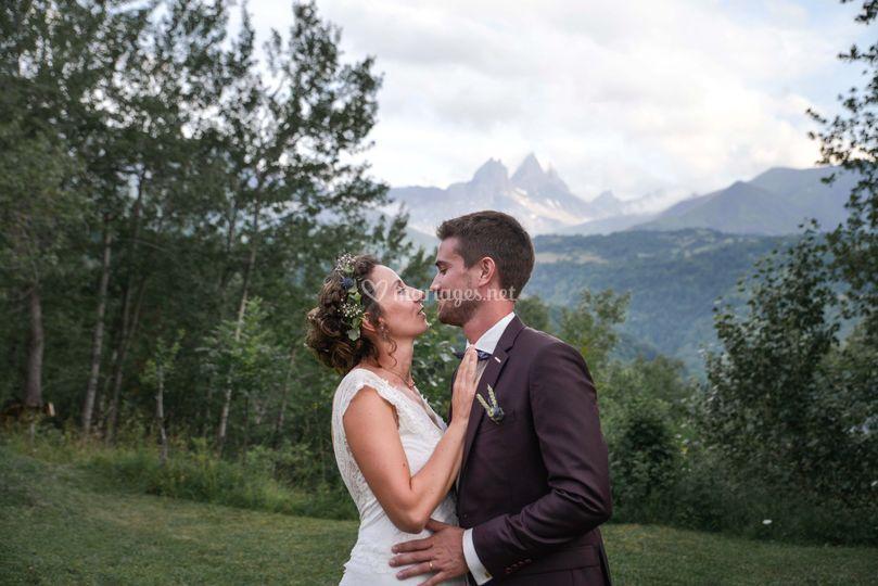 Kiss the mountains