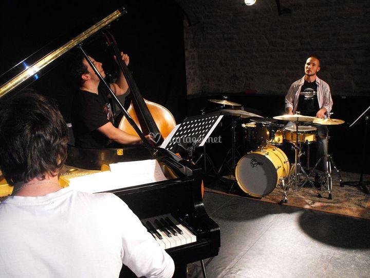 Onkytong Trio