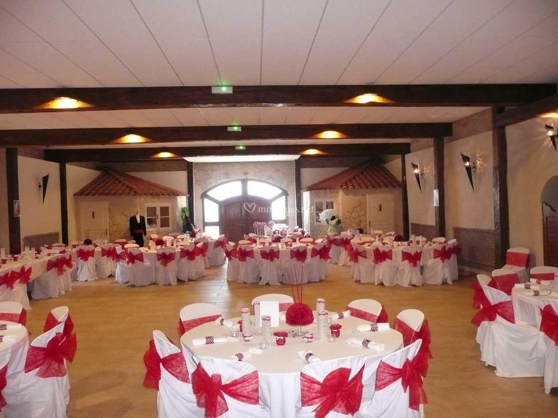 Salle rose et blanc