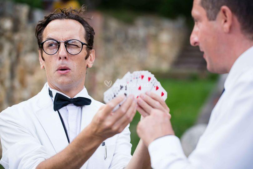 Faux serveur, magicien