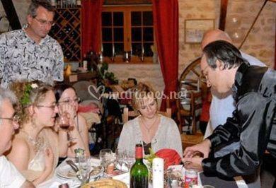 Le magicien et les invités