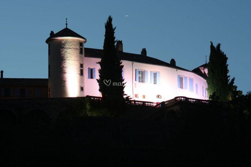 Château de nuit sur Château de Ventavon