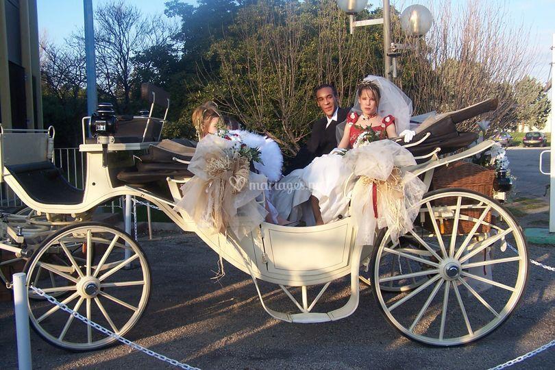 Mariés dans le landau