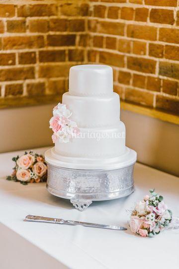 Le white cake