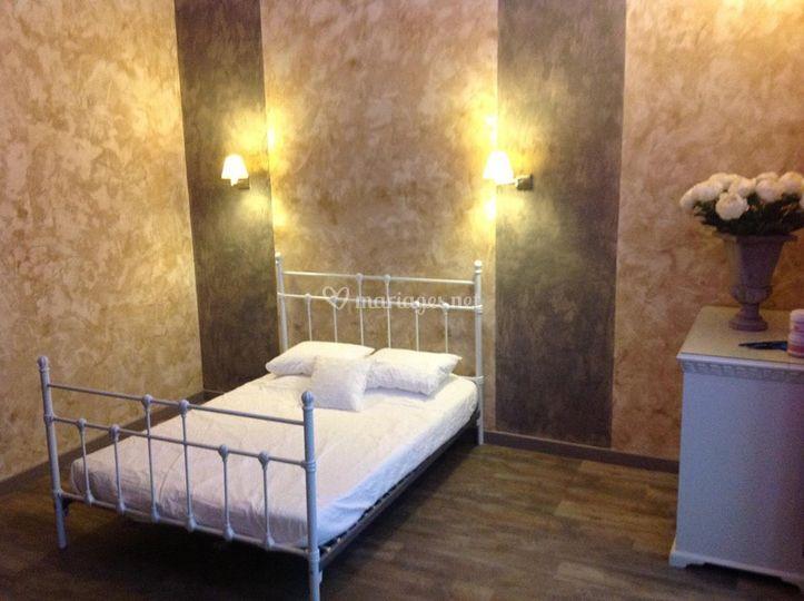 La chambre nuptiale de ch teau de loulans complexe de for Chambre nuptiale