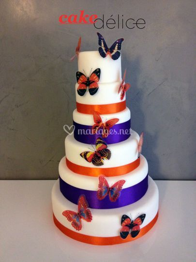 Wedding cake papillon