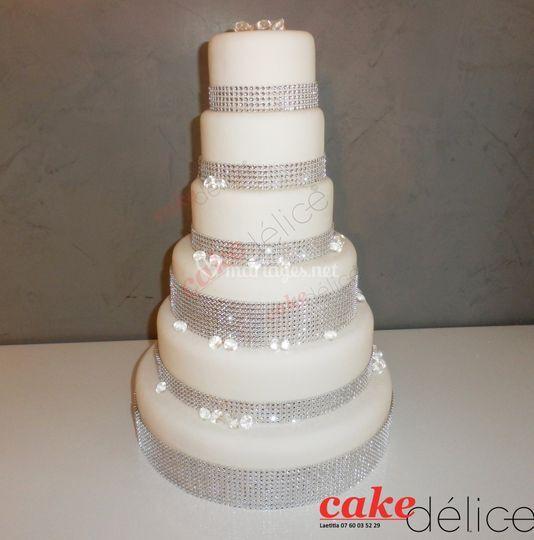 Wedding cake en pate a sucre