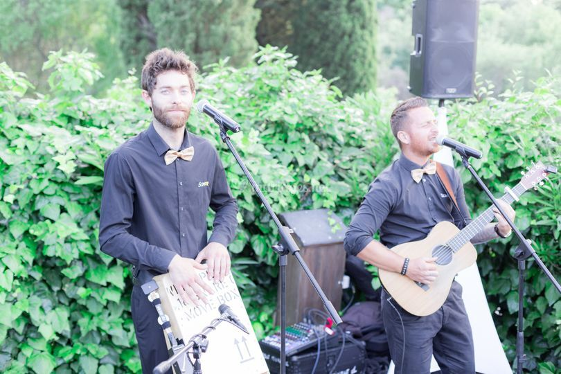 Live Music by Kevin & Jules