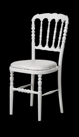 location chaises napoleon top chaise napoleon blanche with location chaises napoleon latest. Black Bedroom Furniture Sets. Home Design Ideas
