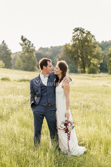 Photo de mariés lumineuse