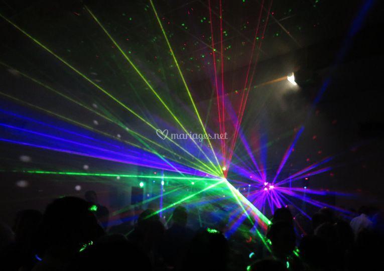 R2 animation - effet laser