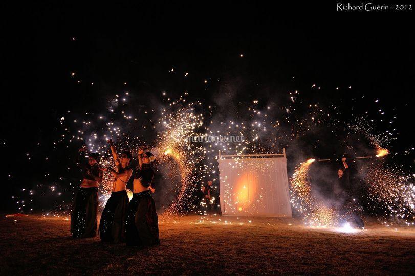 Terra Juggler - Spectacle de feu et led