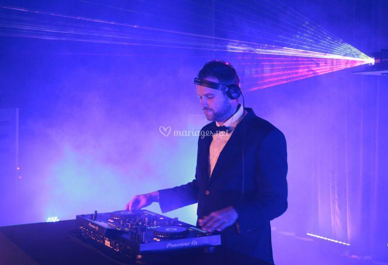 DJ Geoffrey