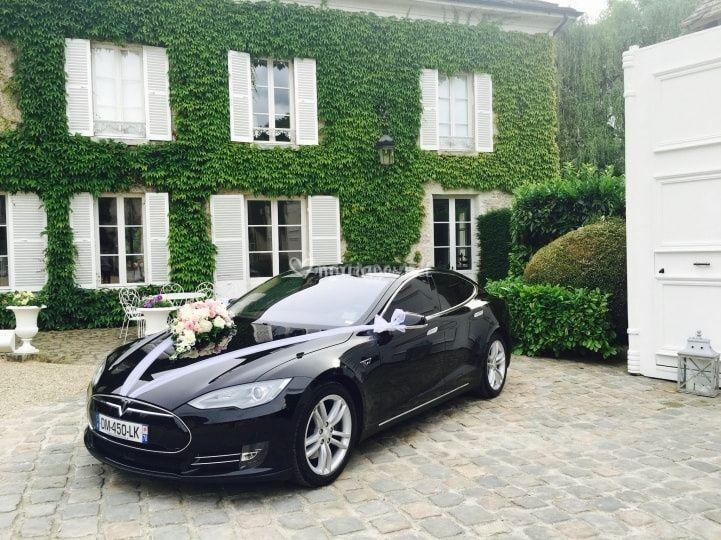 Tesla S100D déco mariage