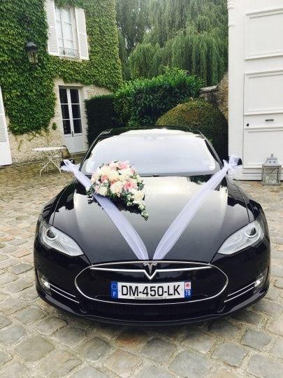 Tesla S100D décorée face