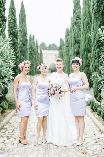 La mariée et témoins