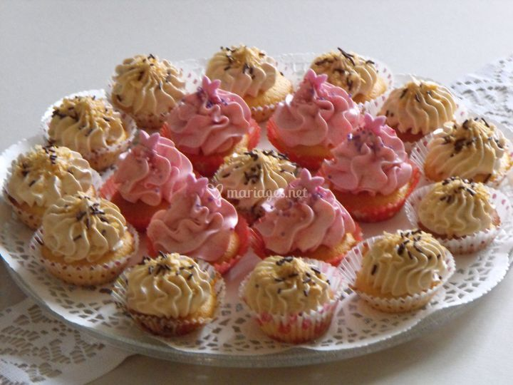 Assortiment de minis cupcakes