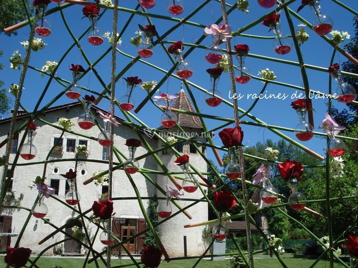 Dôme fleuri cérémonie laïque