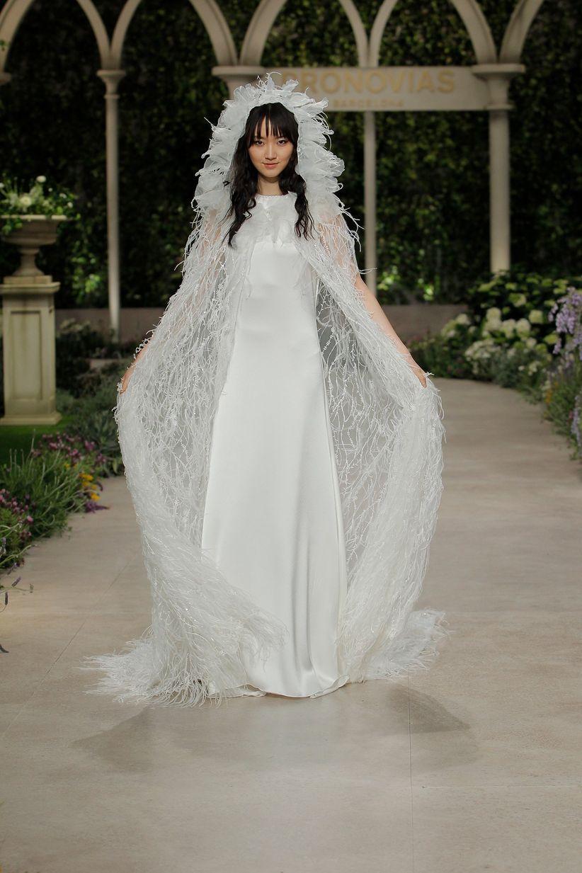 51994e6cfc2 Avant-goût des tendances 2019   les 15 atouts des nouvelles robes de ...