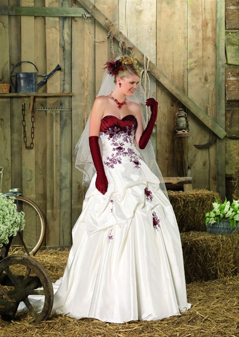 Robes Point Rouges Mariage Blanches 2013 Et H2edwi9